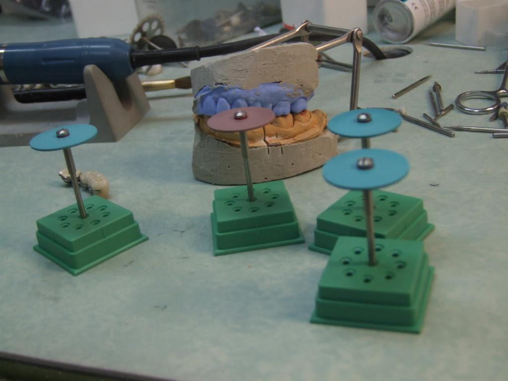 NAIS Diamond Polishers in Laboratory testing
